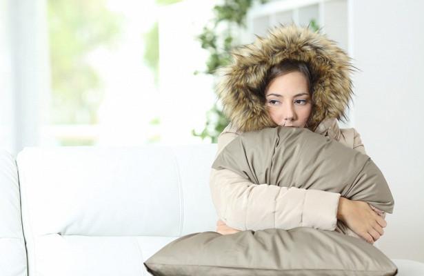 Постоянное ощущение холода: каковы причины такого самочувствия и нет ли опасности для здоровья?
