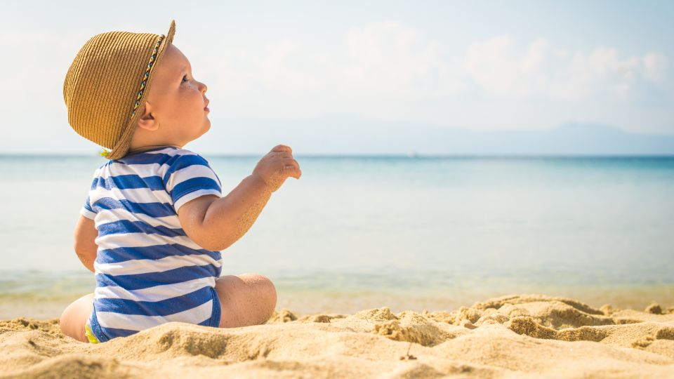 Отпуск с маленьким ребенком: куда отправиться и как спланировать?