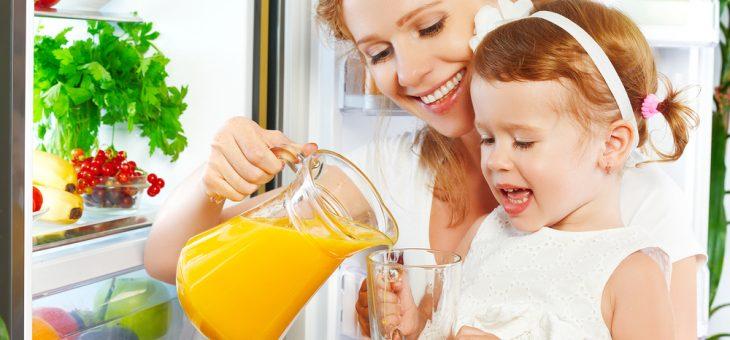 Апельсиновый сок в меню ребенка: польза или вред?