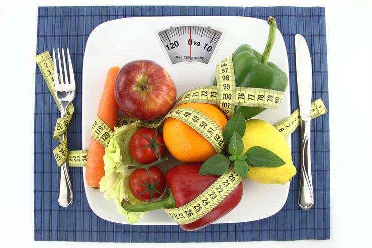 Ограничение калорий и физические упражнения могут сделать кости более хрупкими