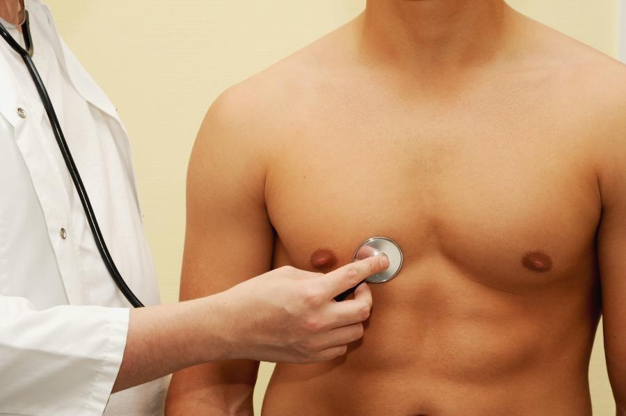 Мужской рак молочной железы: какие факторы улучшают результаты?