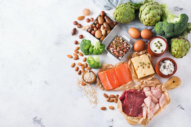 Должны ли мы все есть больше белка?