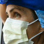Медицинский персонал COVID-19 испытывает бессонницу и повышенный стресс