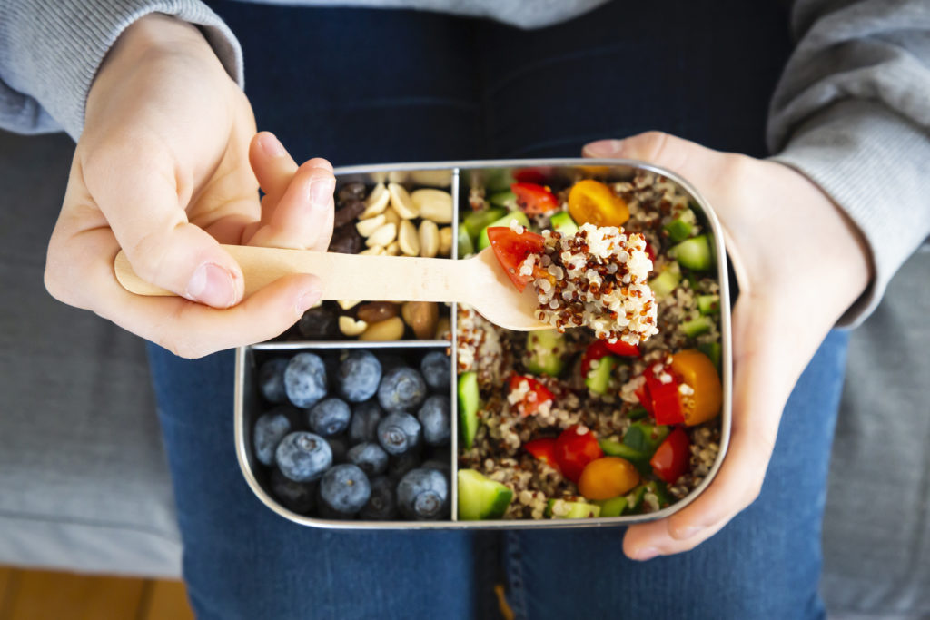 8 недель на богатых фруктами и овощами диетах, связанных с улучшением здоровья сердца