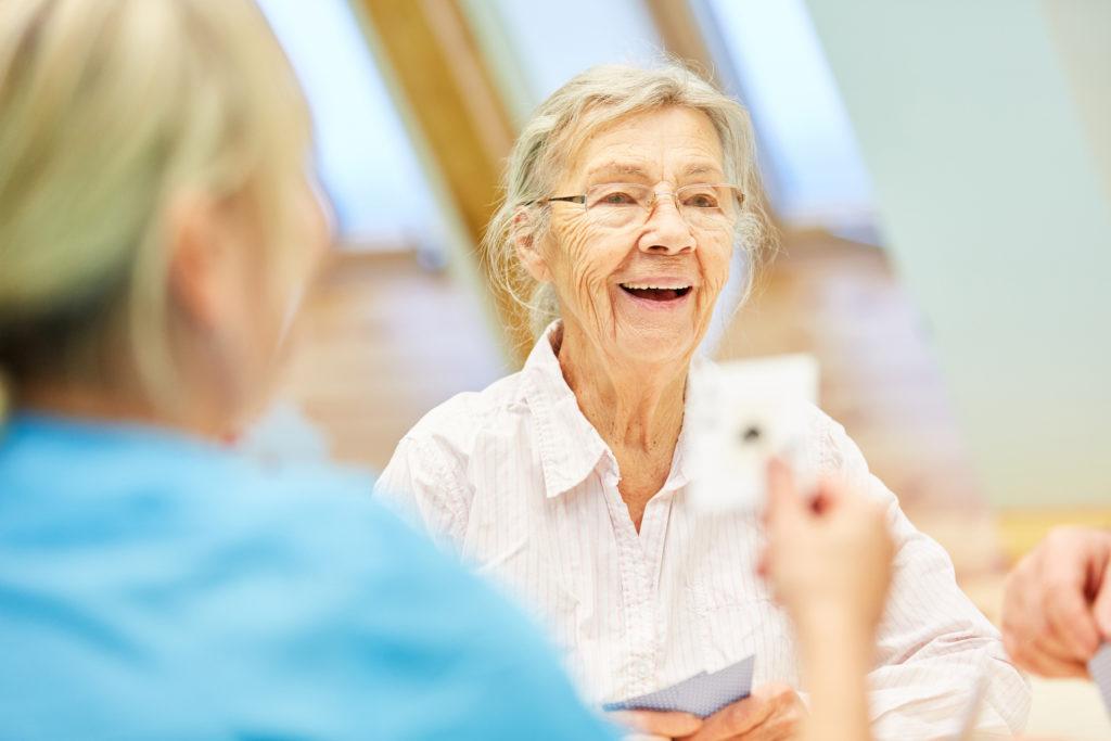Генный риск болезни Альцгеймера вызывает повреждение гематоэнцефалического барьера
