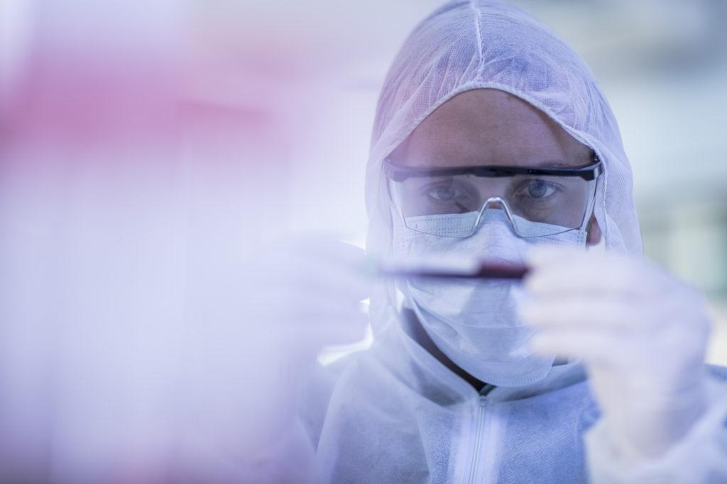 COVID-19: новые кандидаты в лекарства, методы лечения дают основания для надежды