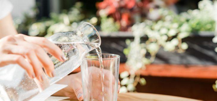 Какая вода подходит лучше для ежедневного употребления минеральная или обессоленная?